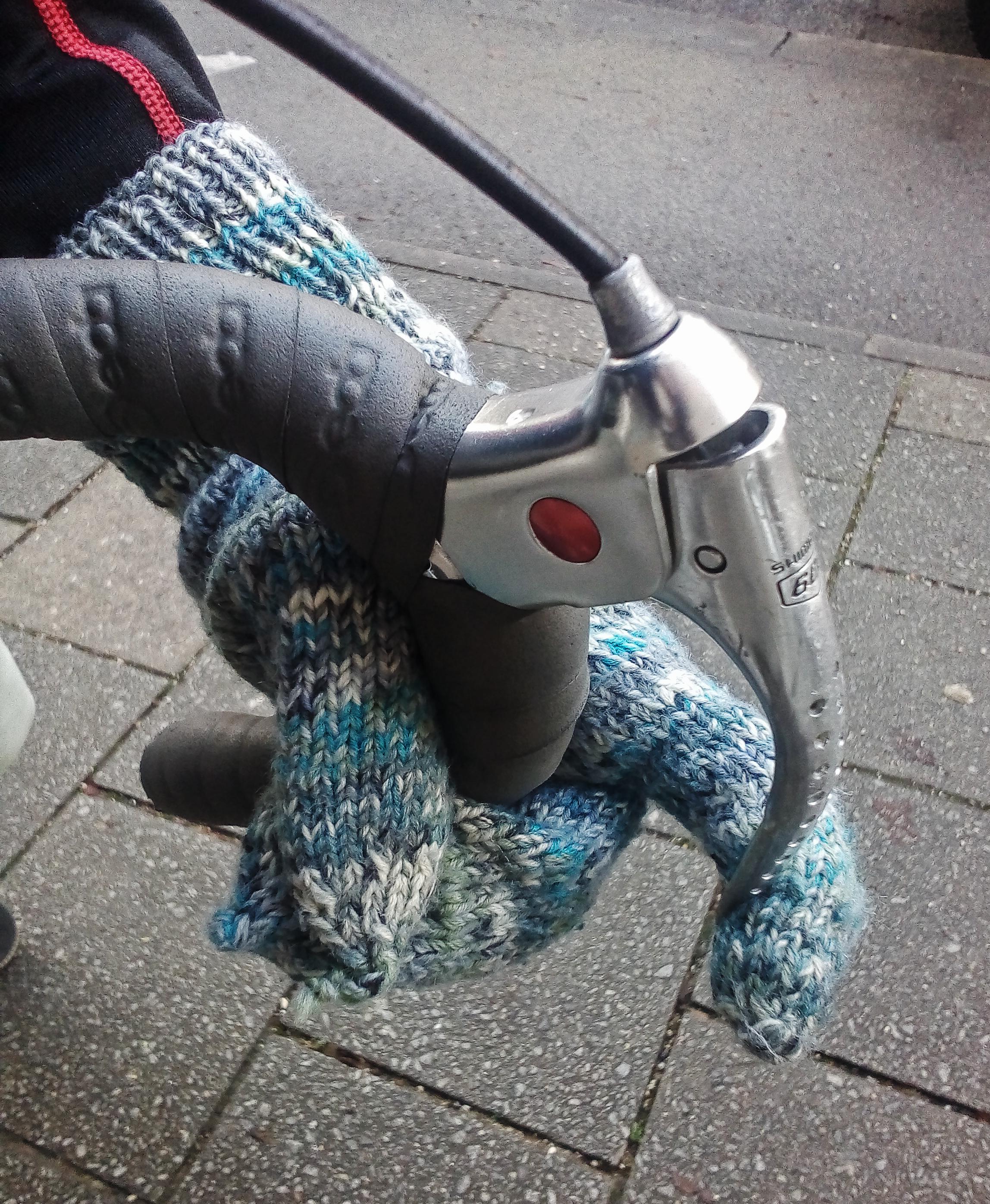 PERNAT 5.3 in der luftigeren Sockenwollvariante, genutzt zum Pendeln in der Stadt
